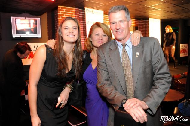 (R-L) Senator Scott Brown (R-MA), his wife, Gail Huff, and daughter, Ayla.